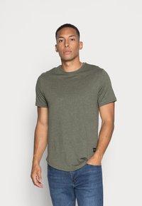 Only & Sons - ONSMATT LIFE LONGY TEE 7 PACK - T-shirt basic - white/cabernet melange/forest night melange - 5