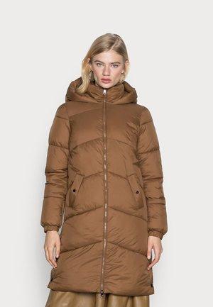 VMUPPSALA LONG JACKET - Winter coat - emperador