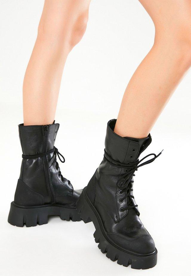 Snørestøvler - black blk