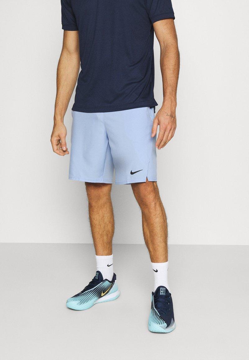 Nike Performance - SHORT  - Sportovní kraťasy - aluminum/black
