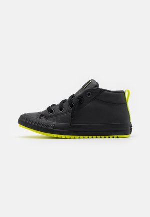 CHUCK TAYLOR ALL STAR STREET BOOT REFLECTIVE UNISEX - Sneakers alte - almost black/lemon/black