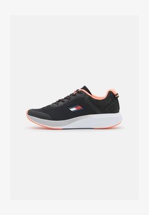 TS PRO RACER WOMEN  - Neutral running shoes - black