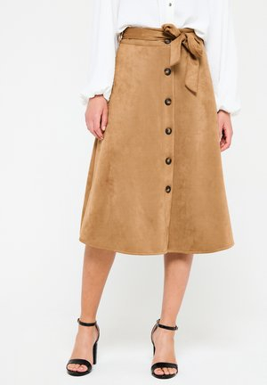 WITH BELT AND BUTTONS - A-line skirt - camel