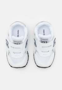 New Balance - IV393CWN UNISEX - Sneakers laag - white/navy - 3