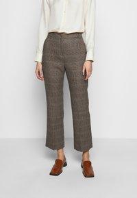 WEEKEND MaxMara - AGGETTO - Trousers - karamell - 0