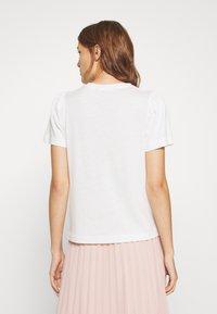 DAY Birger et Mikkelsen - CARINA - Basic T-shirt - white fog - 2