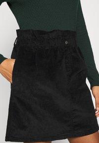 Noisy May - JUDO PAPERBAG SKIRT  - A-line skirt - black - 4