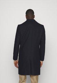 Isaac Dewhirst - Classic coat - dark blue - 2