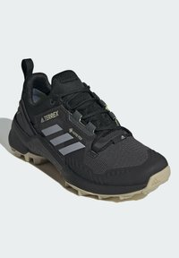 adidas Performance - Klatresko - black - 1
