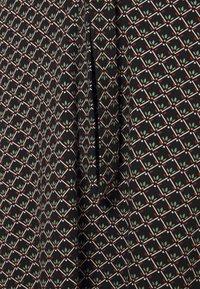 King Louie - EMMY DRESS FRESNO - Žerzejové šaty - black - 2