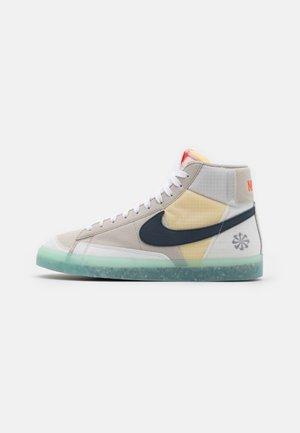 BLAZER MID '77 - Zapatillas altas - cream/armory navy/orange/glacier ice/white