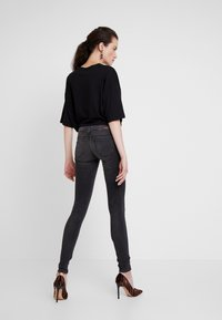 ONLY - ONLCORAL - Jeans Skinny Fit - dark grey denim - 2