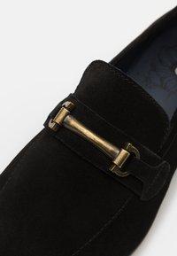 Burton Menswear London - WYATT - Scarpe senza lacci - black - 5