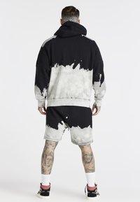 SIKSILK - OVERSIZED BLEACH WASH AOKI HOODIE - Sweatshirt - black/white - 2