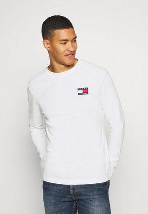BADGE LONGSLEEVE TEE - Long sleeved top - white