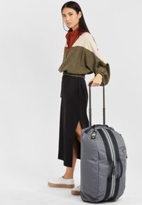 Kipling - DEVIN ON WHEELS - Wheeled suitcase - charcoal - 1