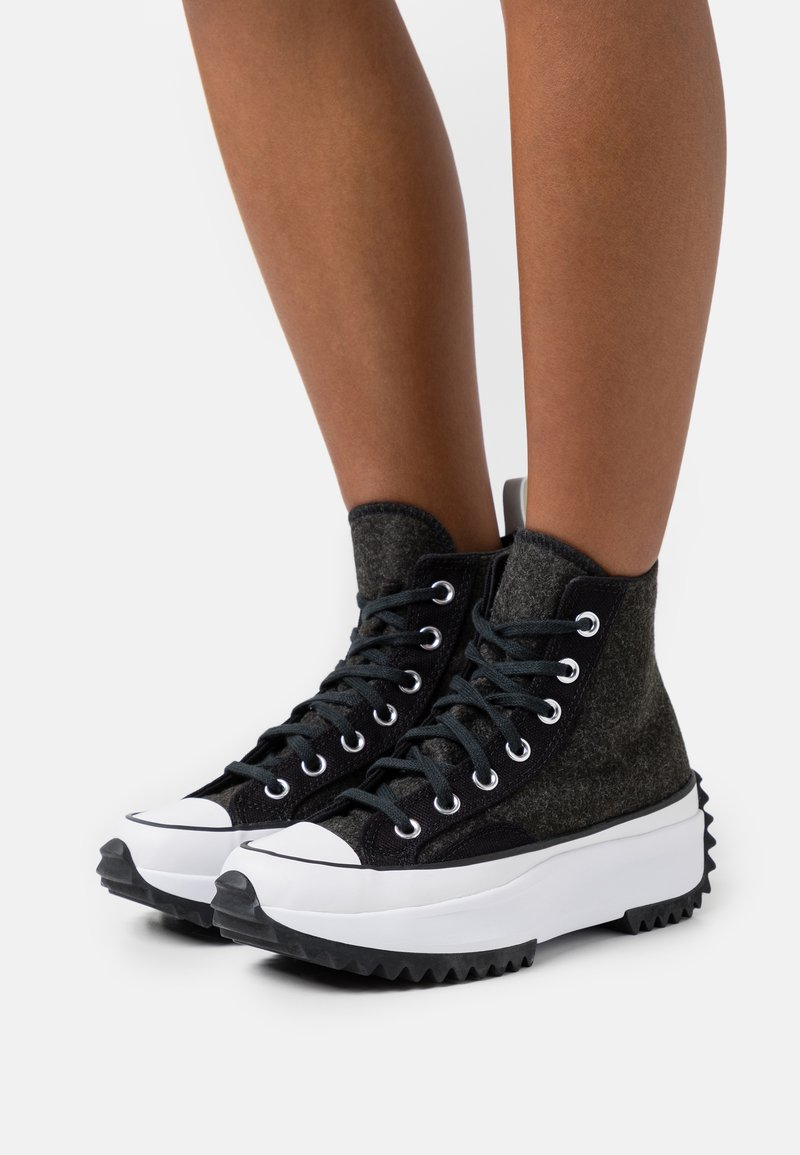 Converse - RUN STAR HIKE - Baskets montantes - black/silver/white