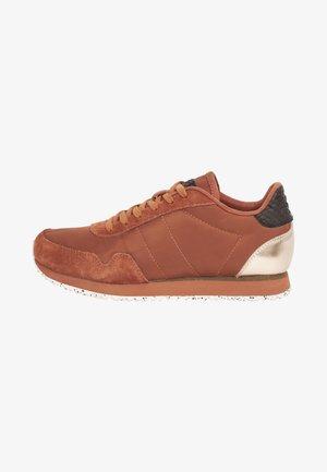 NORA III - Sneakers - dunkelrot