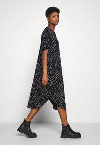 Monki - ROMA DRESS - Jerseykjole - black - 3
