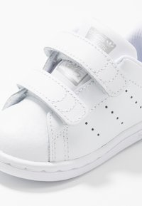 adidas Originals - STAN SMITH CF - Zapatillas - footwear white/core black - 2