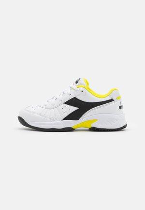 S. CHALLENGE 3 JR UNISEX - Zapatillas de tenis para todas las superficies - white/black/sulphur spring