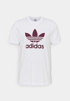 TREFOIL T-SHIRT ORIGINALS ADICOLOR - T-shirt med print - white/victory crimson