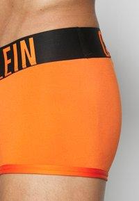 Calvin Klein Underwear - LOW RISE TRUNK - Pants - orange - 3