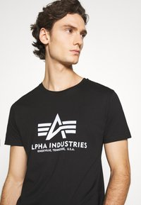 Alpha Industries - BASIC REFLECTIVE - Print T-shirt - black - 3