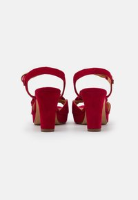 Chie Mihara - BRI EKUNE - Sandalen met plateauzool - rojo - 3