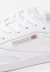 Reebok Classic - CLUB C 85 - Sneakers basse - white/light grey - 7