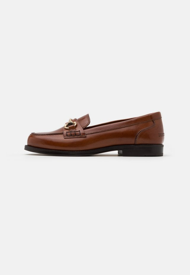 Loaferit/pistokkaat - cognac