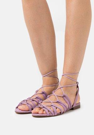 SHIRA - Sandals - orchid