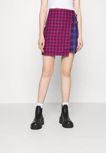 MATTER SKIRT - Mini skirt - pink/purple/black