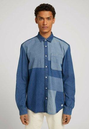 JEANSHEMD - Shirt - laser washed  blue  denim