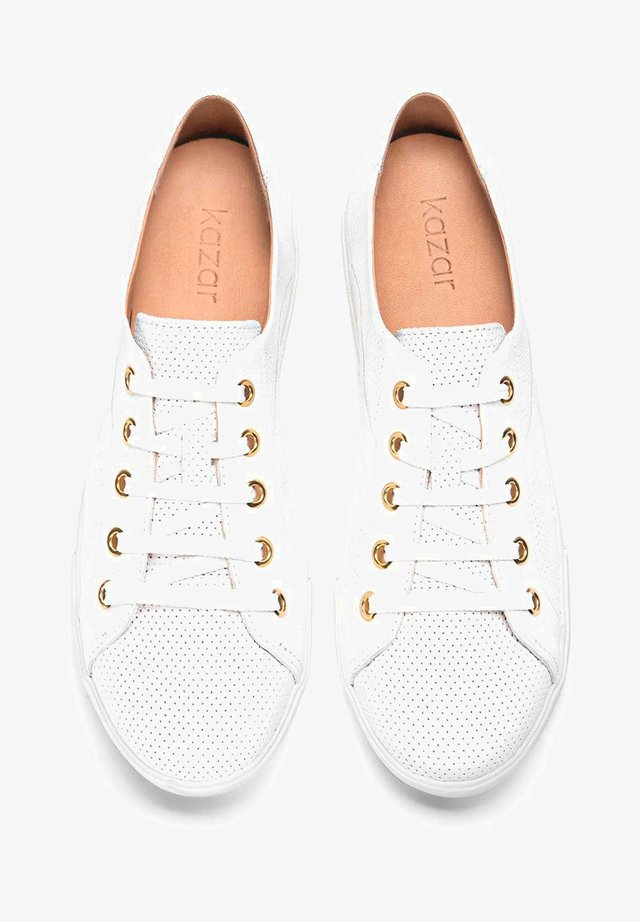 AMELIA - Sneakers laag - white