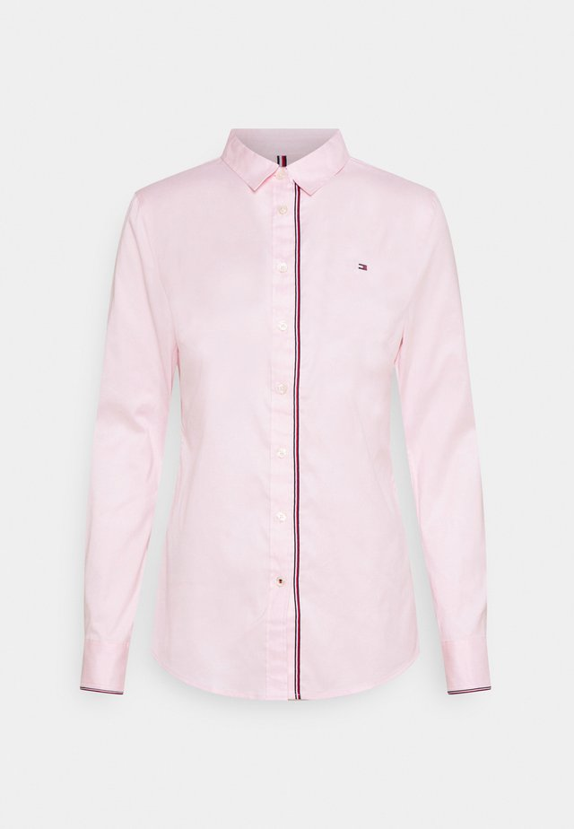 STRETCH OXFORD REGULAR - Košile - light pink