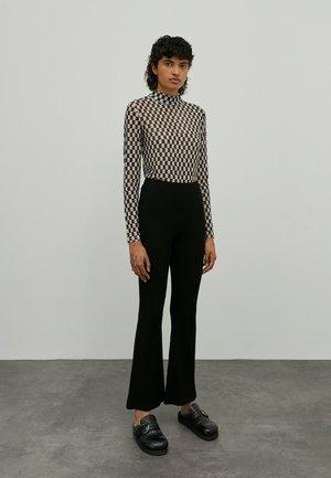 BENNI - Trousers - schwarz