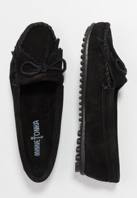 Minnetonka - KILTY - Mokasíny - black - 3