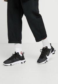 Nike Sportswear - REACT - Sneakers - black/white - 0