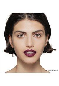 Bobbi Brown - LUXE LIP COLOR - Lipstick - plum brandy - 1