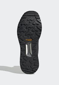 adidas Performance - TERREX BOOST COLD.RDY PRIMEKNIT HIKING SHOES - Chaussures de marche - schwarz / orange - 3