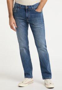 Pioneer Authentic Jeans - RANDO - Straight leg jeans - stone blue denim - 0