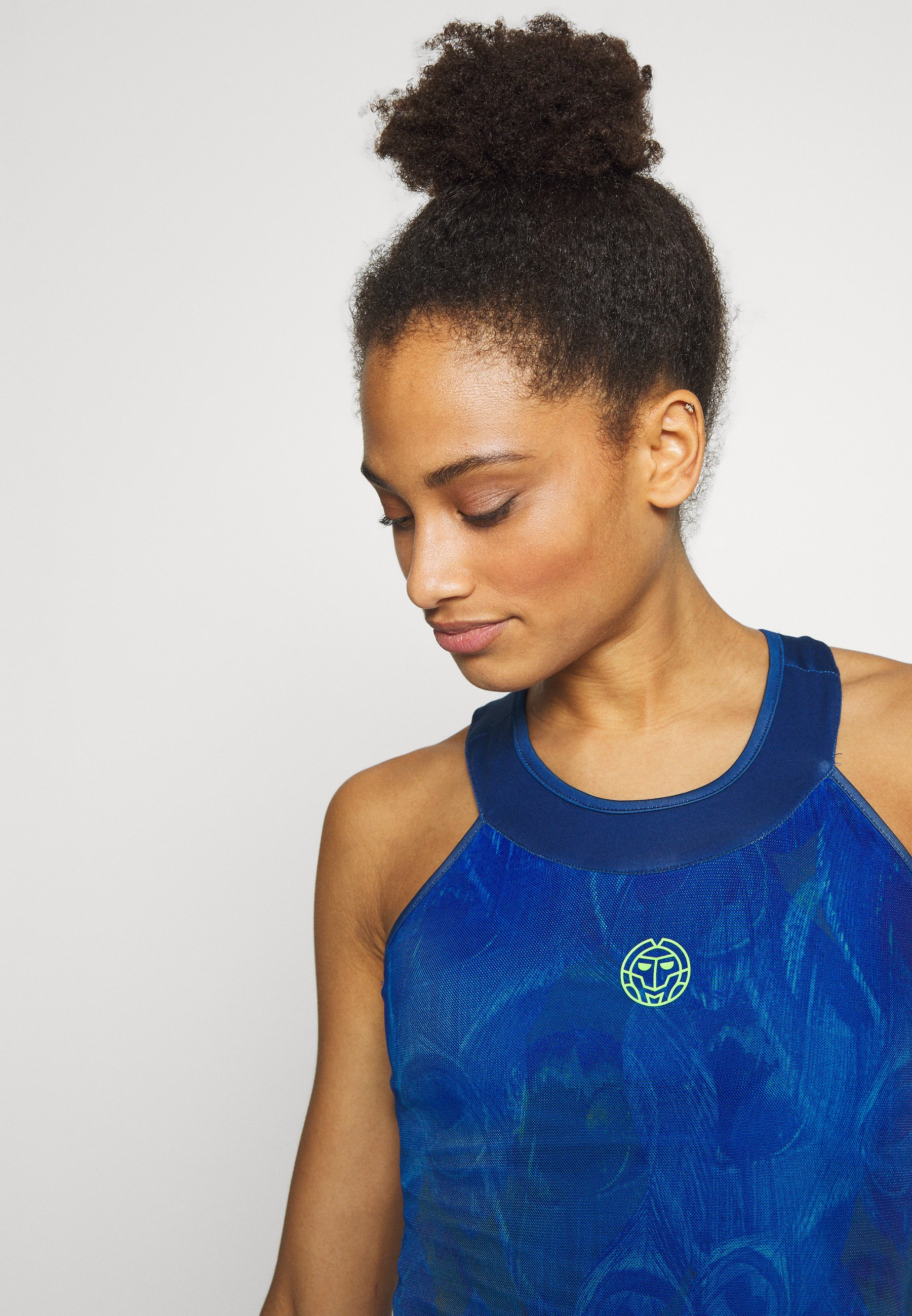 Nuovo limitato Abbigliamento da donna BIDI BADU TABITA TECH DRESS Abbigliamento sportivo dark blue