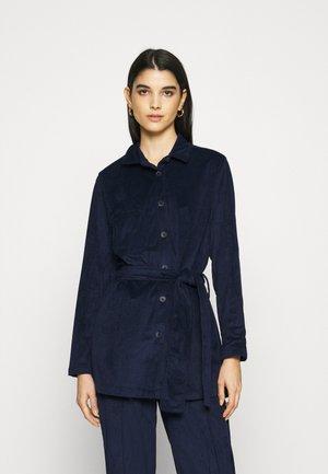 SUSANNA - Button-down blouse - deep blue