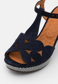 Chie Mihara - EGEO - Sandalen met plateauzool - nuit/miranda - 6