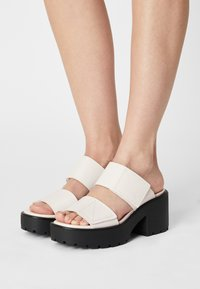 Vagabond - DIOON - Pantofle na podpatku - white - 0