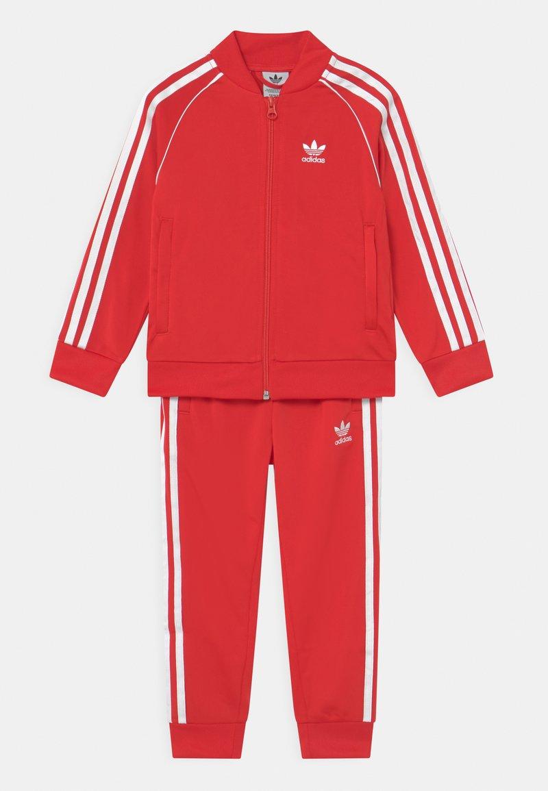 adidas Originals - TRACKSUIT SET UNISEX - Trainingspak - red/white