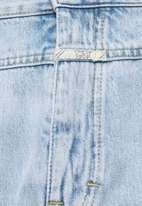 CLOSED - X-LENT TAPERED - Relaxed fit jeans - light blue - 2