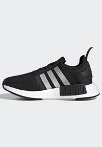 adidas Originals - NMD_R1 SHOES - Trainers - core black/silver metallic/solar red - 5