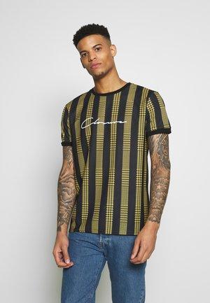 STRIPED CHECK TEE - T-shirt imprimé - mustard
